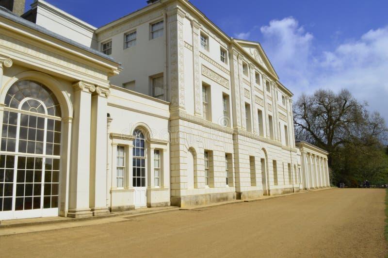 De Voorzijde van Kenwood-Huis in Hampstead Londen het UK royalty-vrije stock foto's