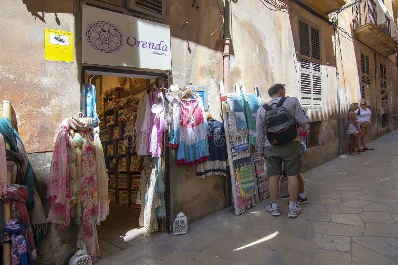 De voorzijden van de manierwinkel in Oude Stad Palma Mallorca royalty-vrije stock fotografie