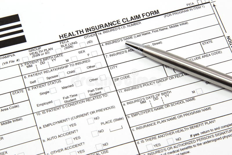 De Vorm van de Eis van de Verzekering van de gezondheid met Zilveren Pen stock afbeelding