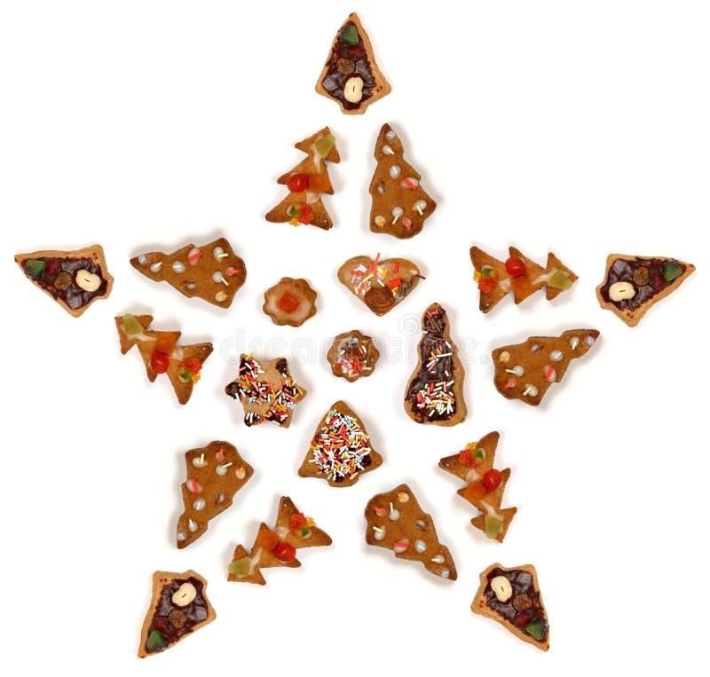 De vorm van de ster die van koekjes wordt gemaakt