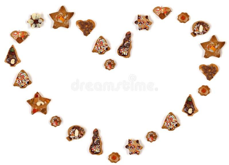 De vorm van het hart die van koekjes wordt gemaakt stock foto