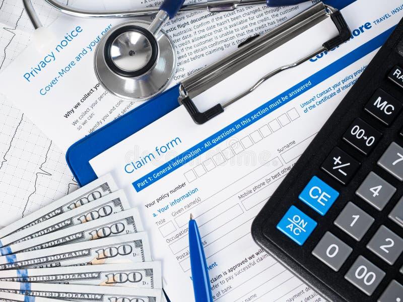 De vorm van de ziektekostenverzekeringeis royalty-vrije stock afbeeldingen