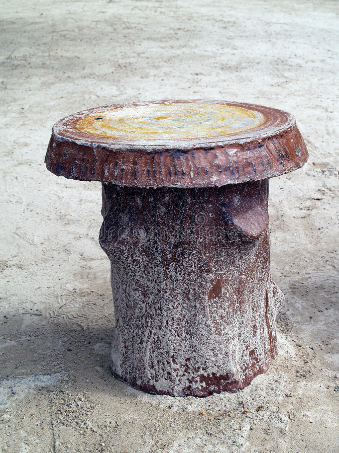 De vormen en de texturen van de cementstoel zoals hout royalty-vrije stock foto