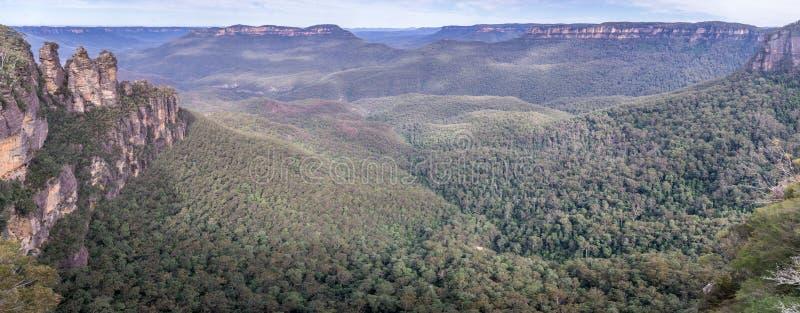 De vorming van de drie Zustersrots in Blauw Bergen Nationaal Park, Australië royalty-vrije stock fotografie