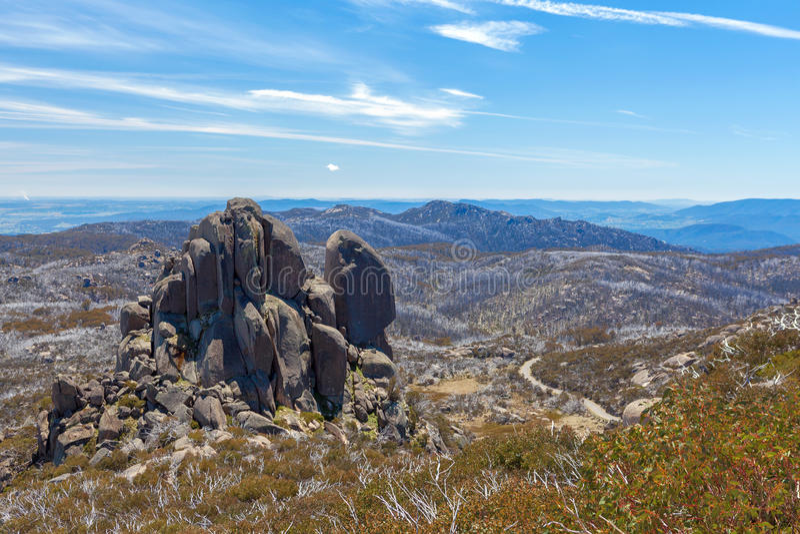 De vorming van de Kathedraalrots, MT Zuidelijk buffels Nationaal Park, stock foto