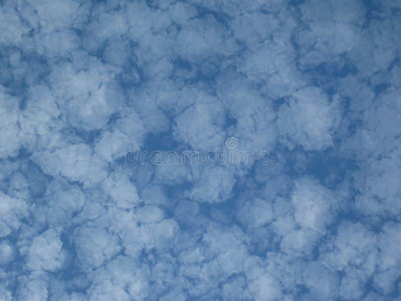De vorming van wolken royalty-vrije stock afbeeldingen