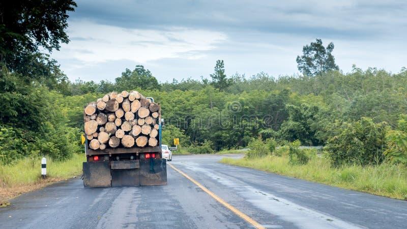 De vrachtwagen met opent kleine weg het programma royalty-vrije stock foto