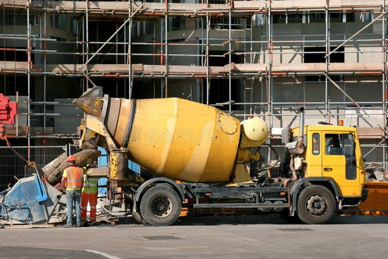 De Vrachtwagen van de Mixer van het cement stock foto