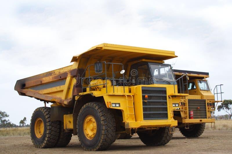 De vrachtwagen van de stortplaats royalty-vrije stock afbeelding