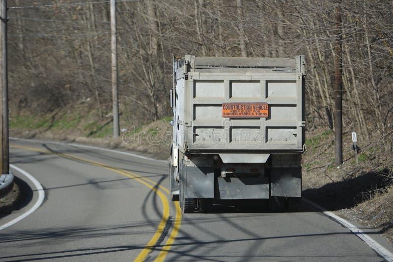 De Vrachtwagen van de stortplaats stock afbeelding