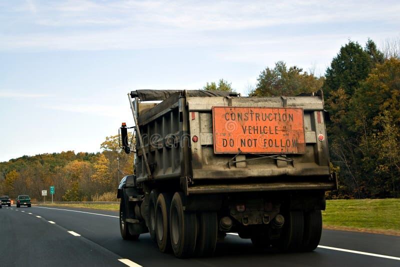 De Vrachtwagen van de Stortplaats van de bouw royalty-vrije stock afbeelding