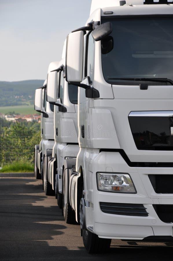 De vrachtwagens van de oplegger royalty-vrije stock foto