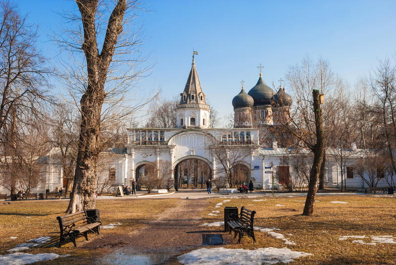 De vroege lente in Moskou stock foto