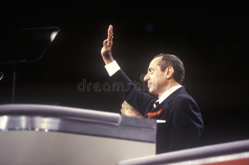De vroegere Gouverneur Mario Cuomo van New York richt menigte bij de Democratische Nationale Overeenkomst van 1992 in Madison Squ royalty-vrije stock afbeelding