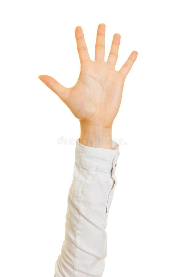De vrouw toont vijf vingers van één hand royalty-vrije stock afbeelding