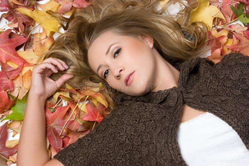 De Vrouw van de herfst royalty-vrije stock afbeelding