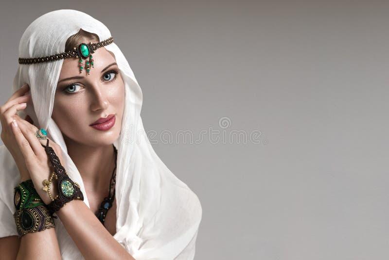 De vrouw van de manier royalty-vrije stock foto's