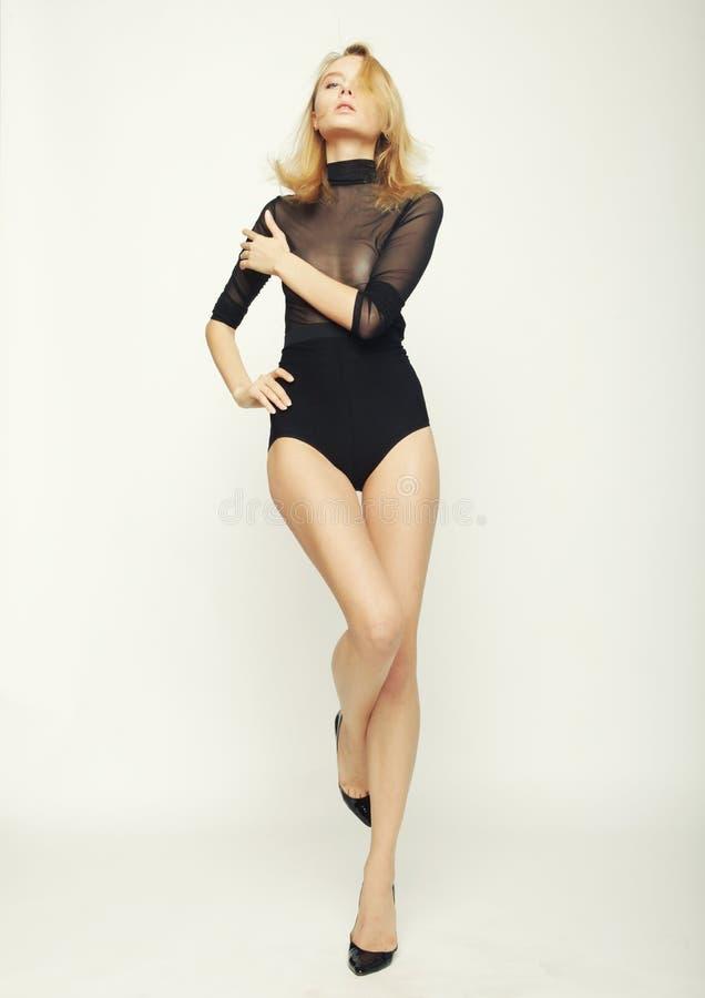 Download De Vrouw van de mannequin stock afbeelding. Afbeelding bestaande uit provocatief - 54092791