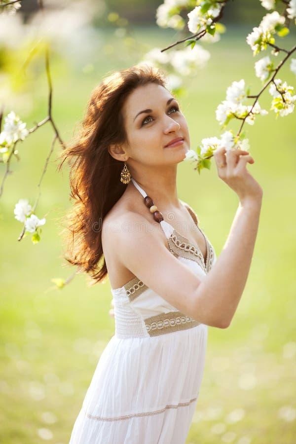 De vrouw van de zomer royalty-vrije stock afbeelding
