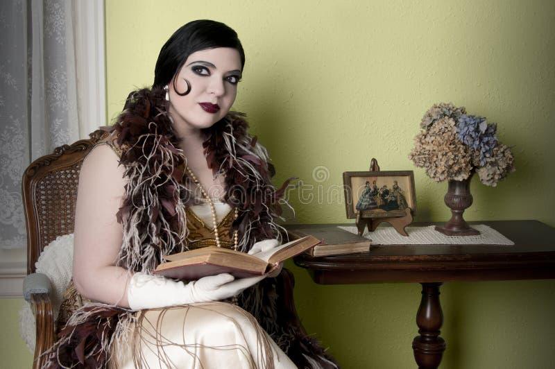 De Vrouw van het art deco royalty-vrije stock afbeeldingen