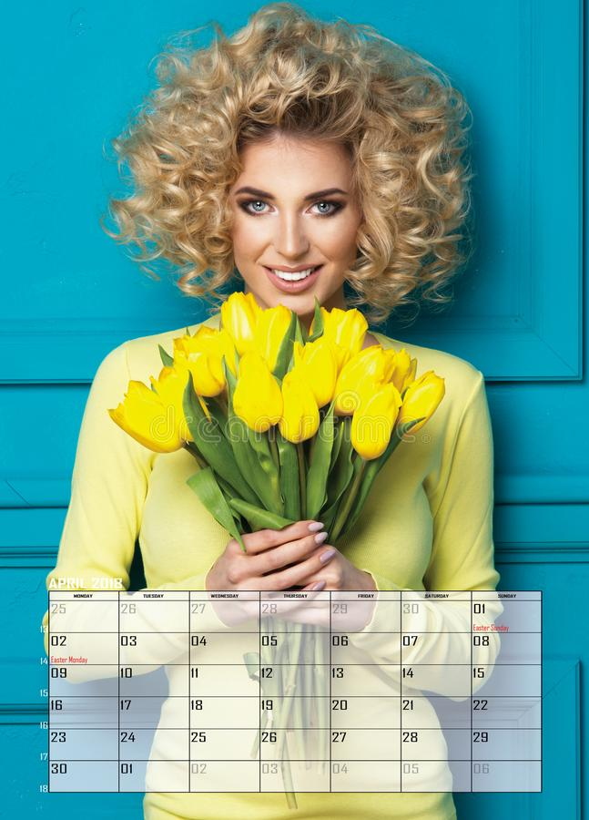 De vrouw van het schoonheidsblonde, Kalender stock foto's