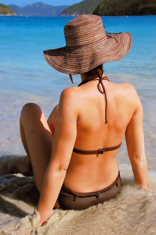 De Vrouw van het strand stock fotografie