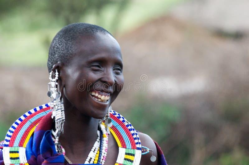 De vrouw van Masai het glimlachen stock fotografie