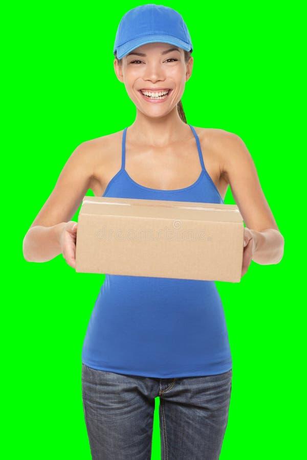 De vrouwelijke persoon van de pakketlevering royalty-vrije stock foto