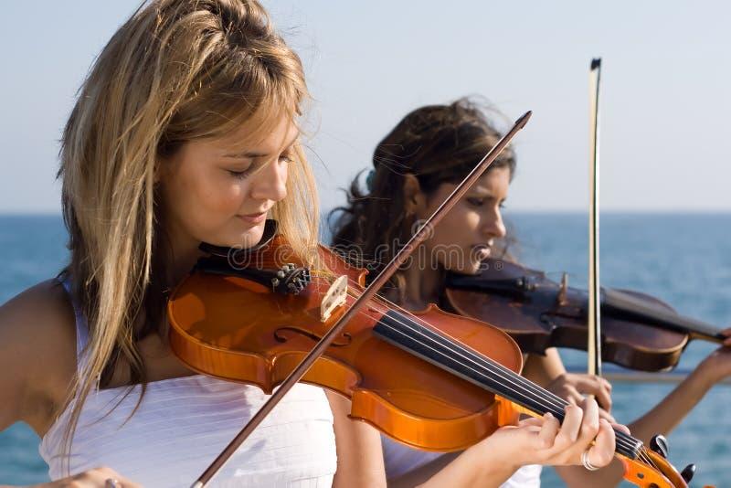 De vrouwen van de muziek royalty-vrije stock fotografie