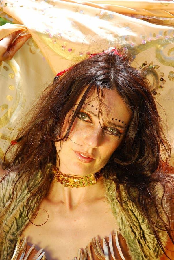 De vrouwenportret van de zigeuner royalty-vrije stock afbeeldingen