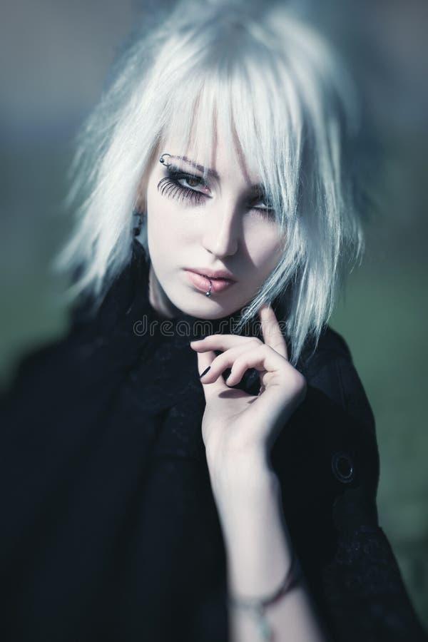 De vrouwenportret van Goth stock afbeelding