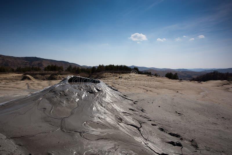 De Vulkanen van de modder in Buzau, Roemenië stock foto