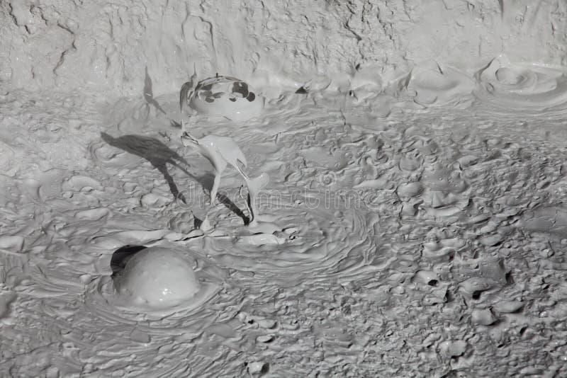 De vulkanen van de modder en modderkegels stock foto's
