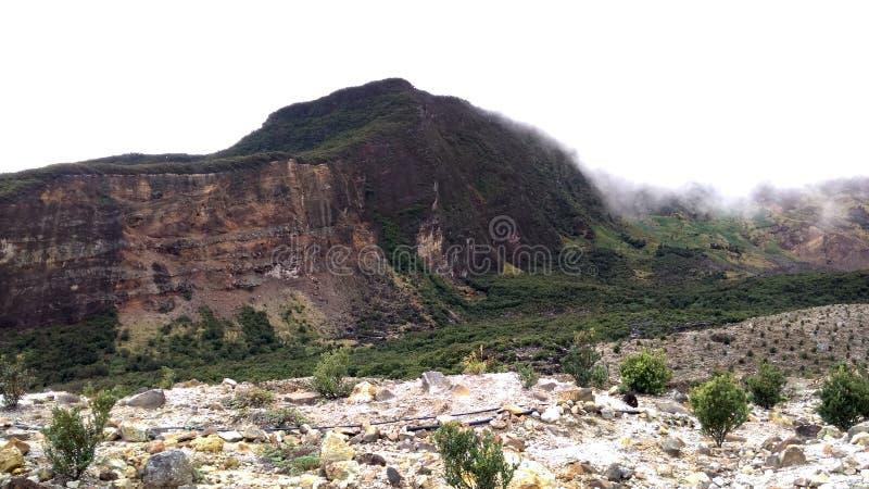 De vulkanische Ring van Bergpapandayan Indonesië van Brand stock afbeelding