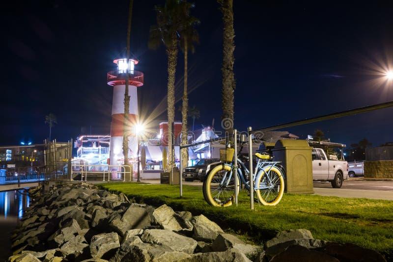 De Vuurtoren & de Fiets van de Oceansidehaven stock foto