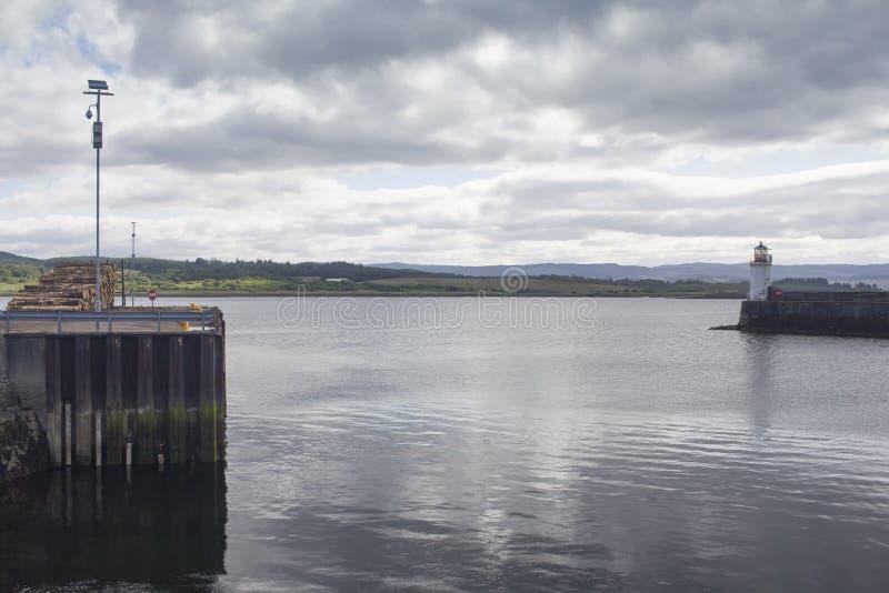 De vuurtoren in Loch Fyne stock foto's