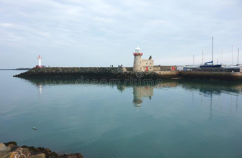 De Vuurtoren van de Howthhaven, Provincie Dublin, Ierland stock afbeeldingen