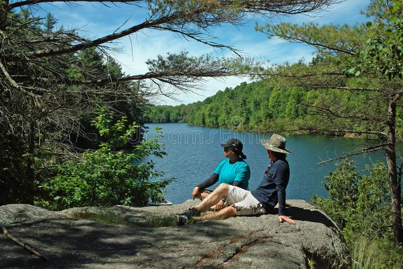 De Wandelingssleep van rotsdunder, Lyndhurst, Ontario, Canada stock foto's