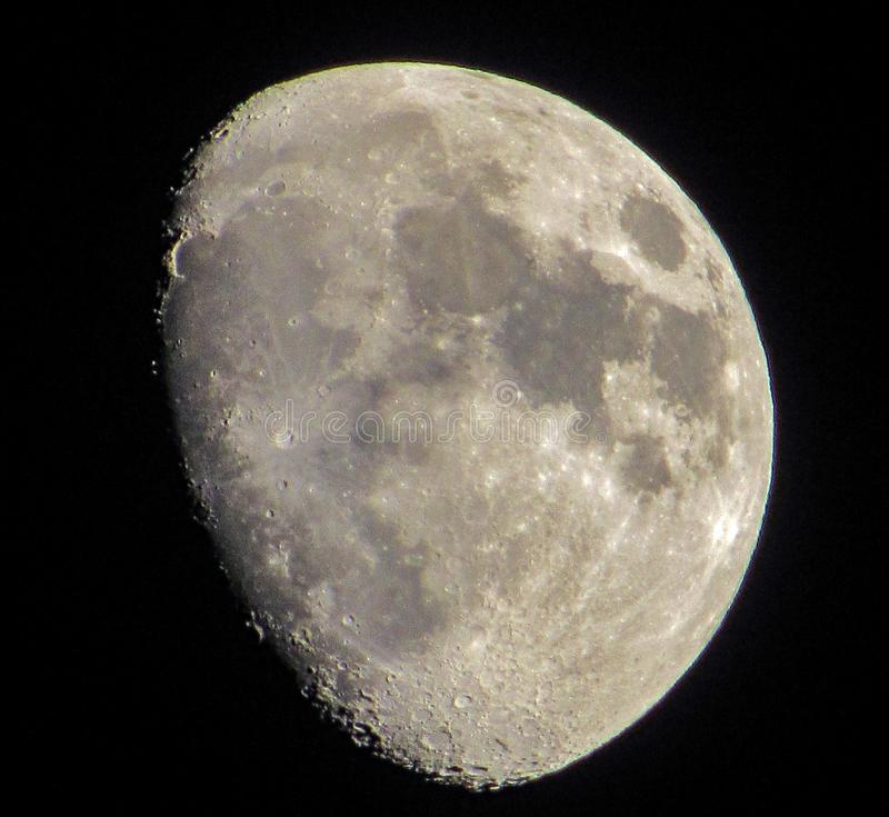 In de was zettende Gibbous Maan stock afbeeldingen