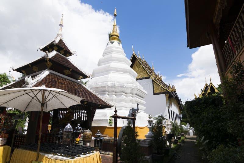 De Wat Duang Di-tempel wordt gevestigd op het centrum van de oude ommuurde stad van Chiang Mai, Thailand stock foto