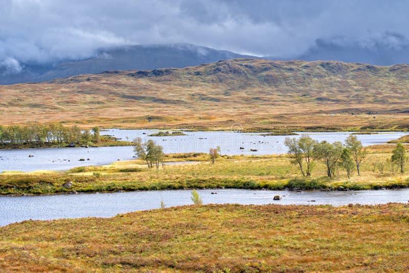 De wateren van Loch Ba, Rannoch Moor royalty-vrije stock afbeeldingen
