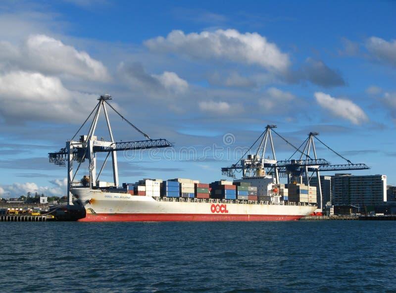 De Waterkant van de Haven van de Stad van Auckland