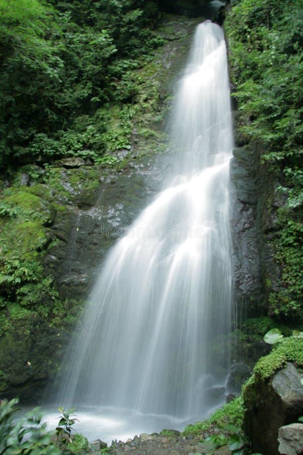 De waterval Mahunceti is waarschijnlijk één van de populairste plaatsen in Adjara royalty-vrije stock afbeeldingen