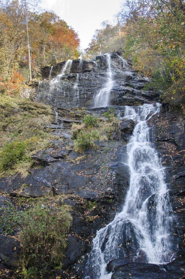 De Waterval van Amicaloladalingen, Georgia State Park stock afbeelding