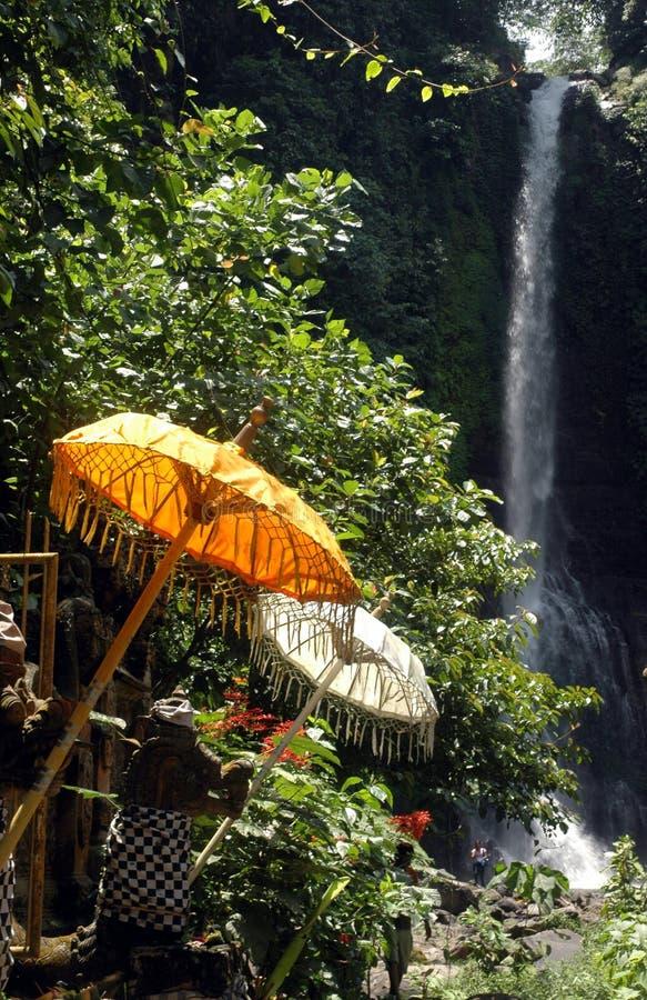 Download De Waterval van Gigit stock foto. Afbeelding bestaande uit indonesië - 296004