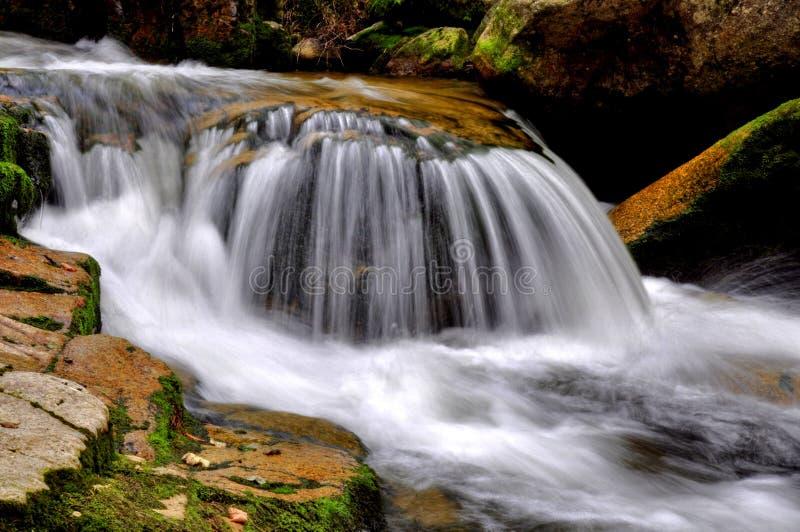De waterval van Mumlava stock afbeelding