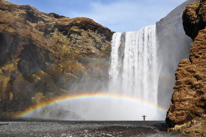 De waterval van Skogafoss, IJsland stock foto's
