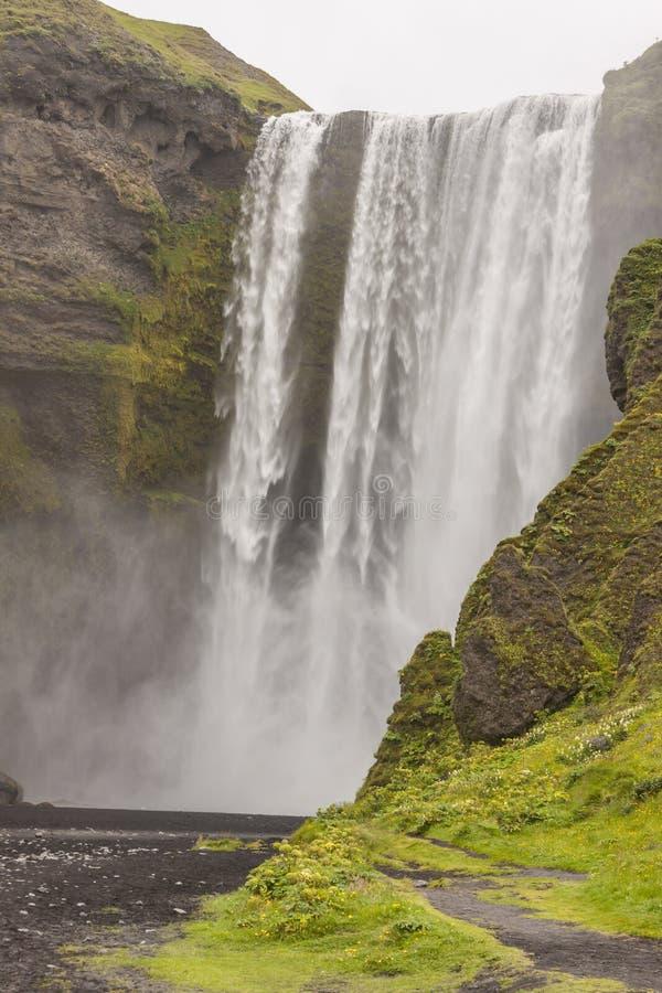 De waterval van Skogafoss - IJsland royalty-vrije stock afbeelding