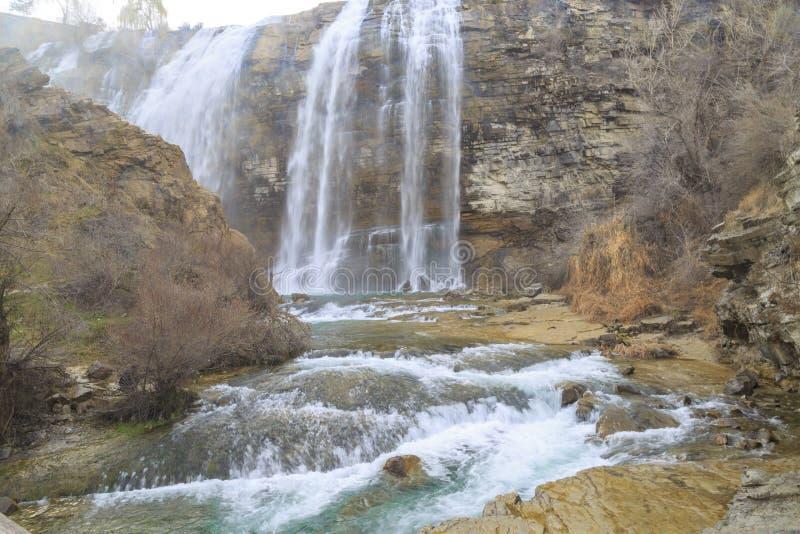 De waterval van Tortumuzundere van neer in Uzundere, Erzurum stock fotografie