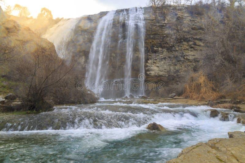 De waterval van Tortumuzundere van neer in Uzundere, Erzurum royalty-vrije stock foto's